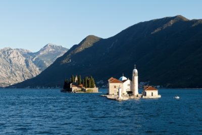 Остров Богоматери в Черногории