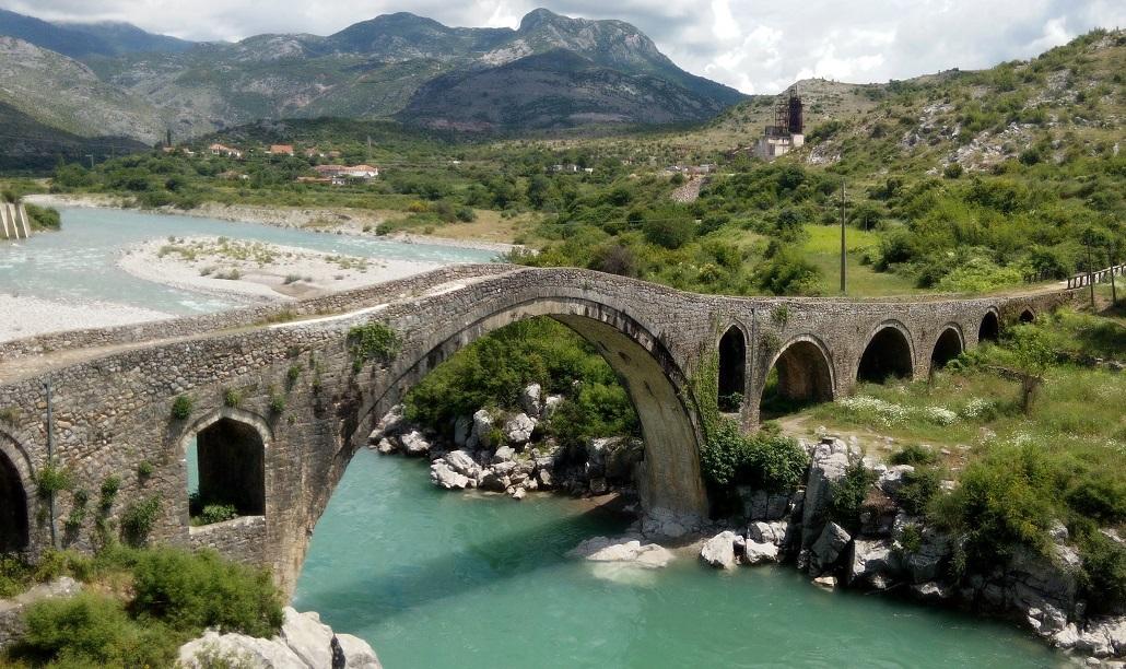 Албания мост