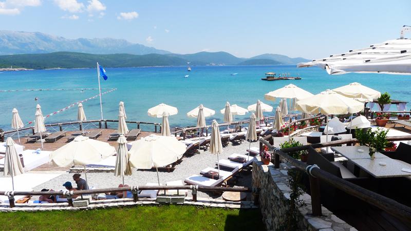 Пляжный клуб Almara: отели Тивата с собственным пляжем