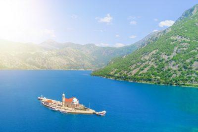 Экскурсия В Черногории на остров Святой Богородицы на рифе