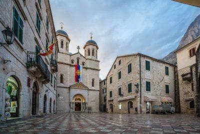 Экскурсия по монастырям в Которе Черногория
