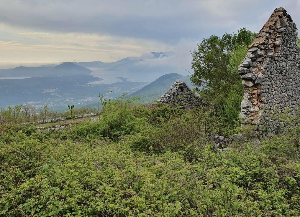 Живописная деревня Пода у Ловчена