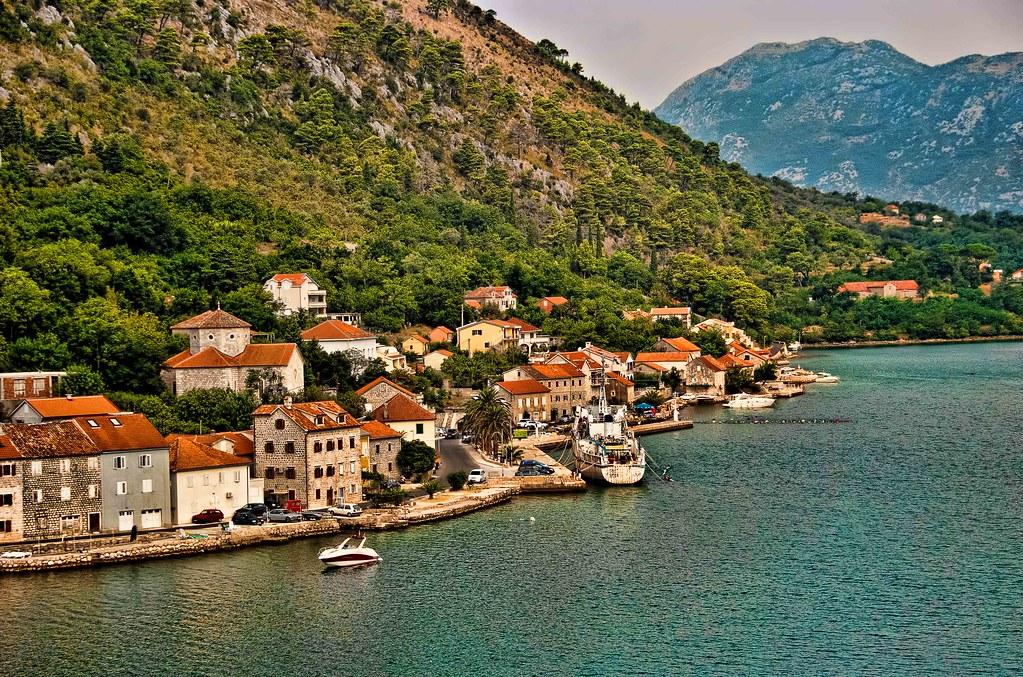Поселок Доброта Черногория