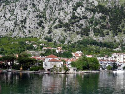Поселок Доброта Черногория: между Котором и Лютой