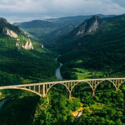 Экскурсия тур на каньоны в горы Черногории с ночевкой (2 дня)