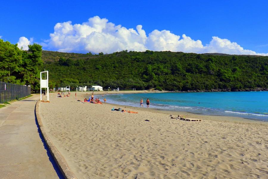 Пляж Голубые горизонты: лучшее место на всей Луштице