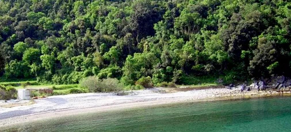 Пляж Круче. Природная территория на Улциньской ривьере