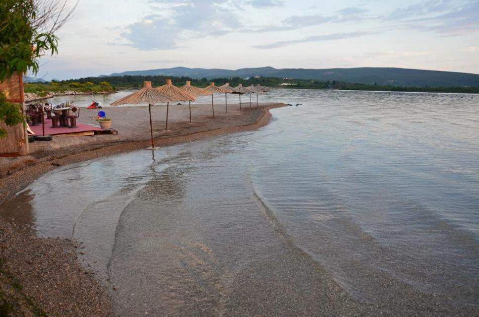 Пляж Куколина в Тивате
