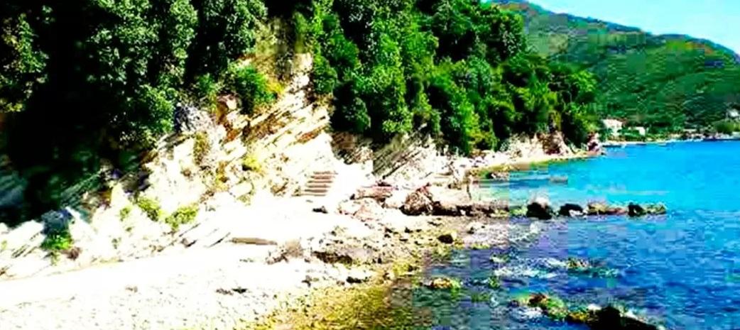 Пляж Лаловина. Юг Херцег-Новской ривьеры