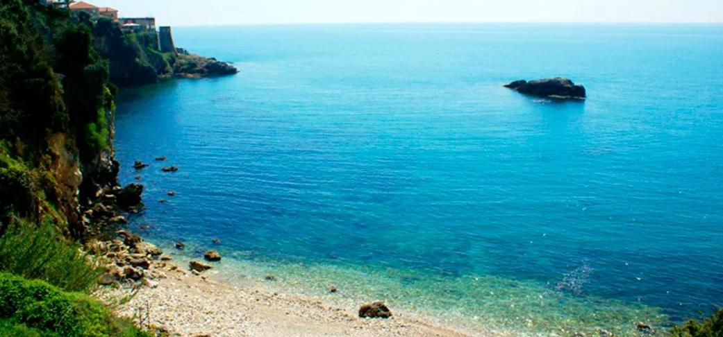 Пляж Лиман I на севере Старого Улциня