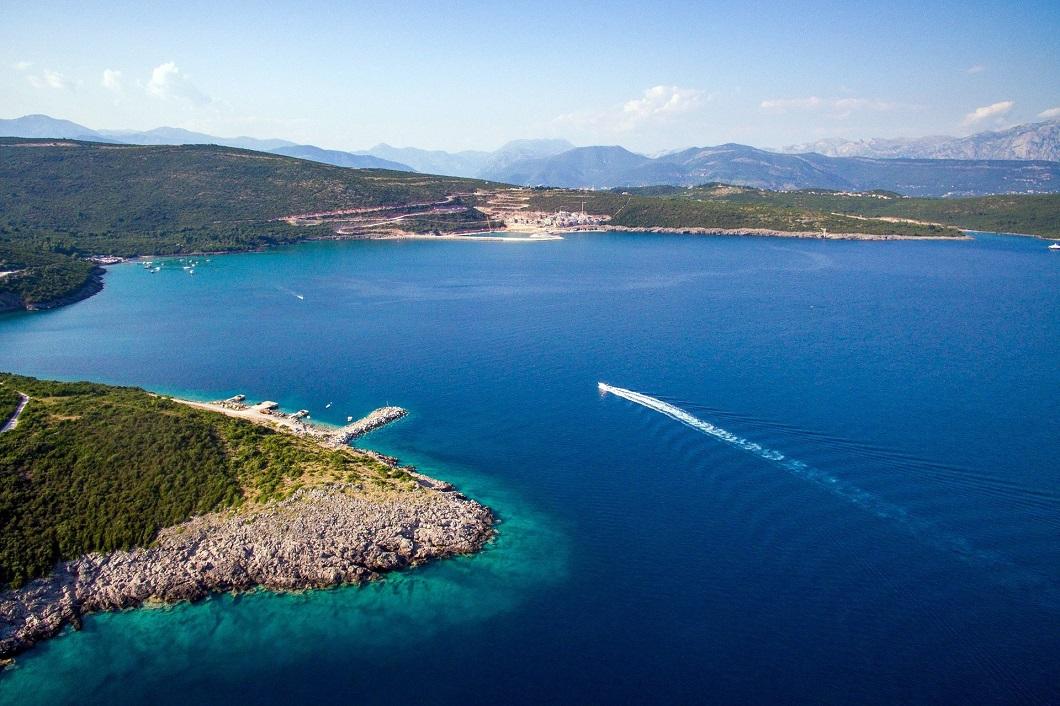Пляжи полуострова Луштица и Грбаль в Черногории