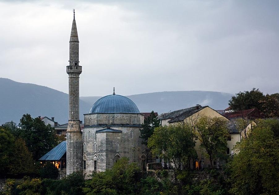 Караджезбегова джамия
