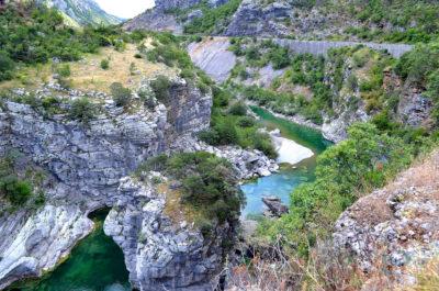 Красивый каньон Морача