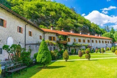 Монастырь Морача в Черногории