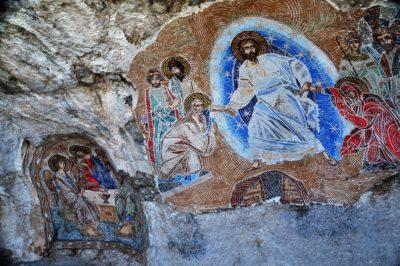 Фрески и иконы в монастыре Острог