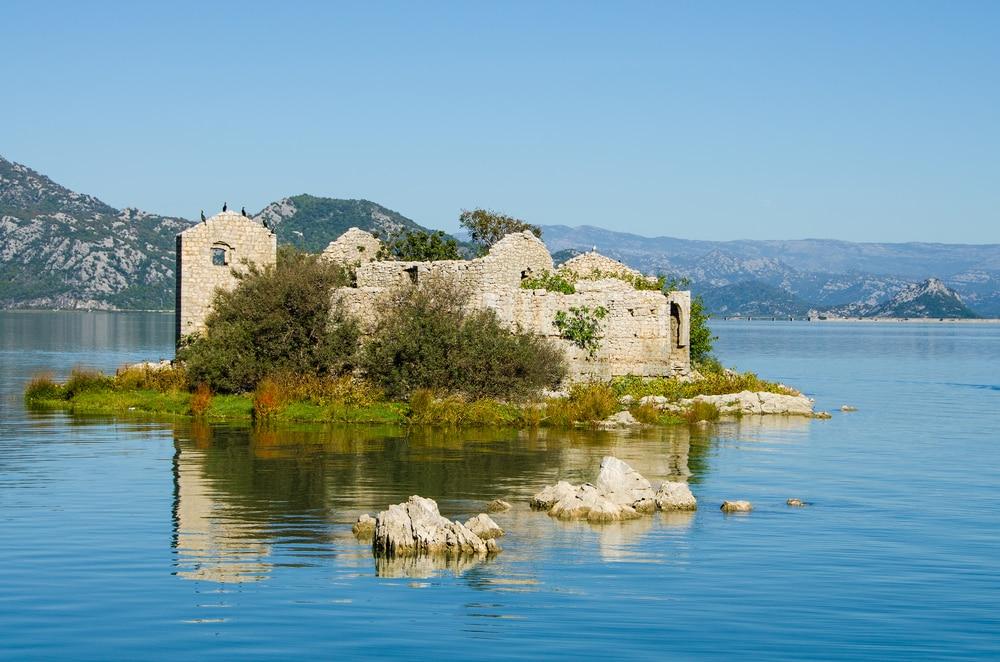 Остров Змей или черногорский Алькатрас