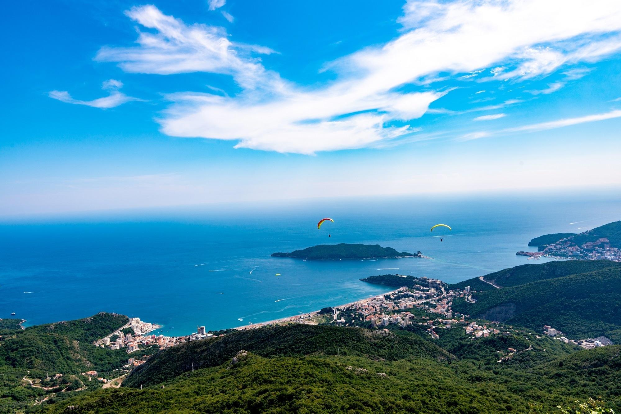 Paragliding in Montenegro