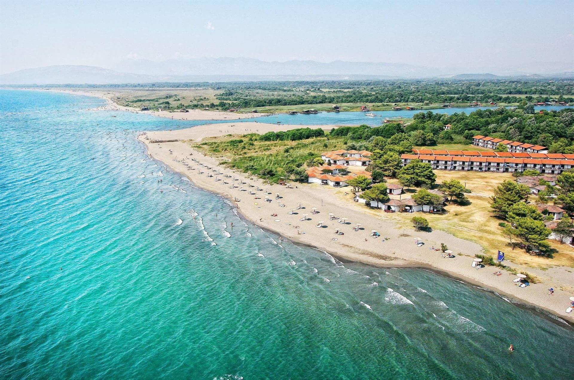 Пляж Ада Бояна. Нудистский пляж Ульциньской ривьеры