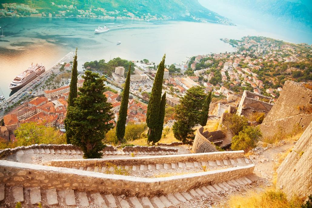 Подъем на крепость в Которе Черногория