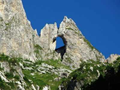 Водоемы и горы парка Проклетие в Черногории