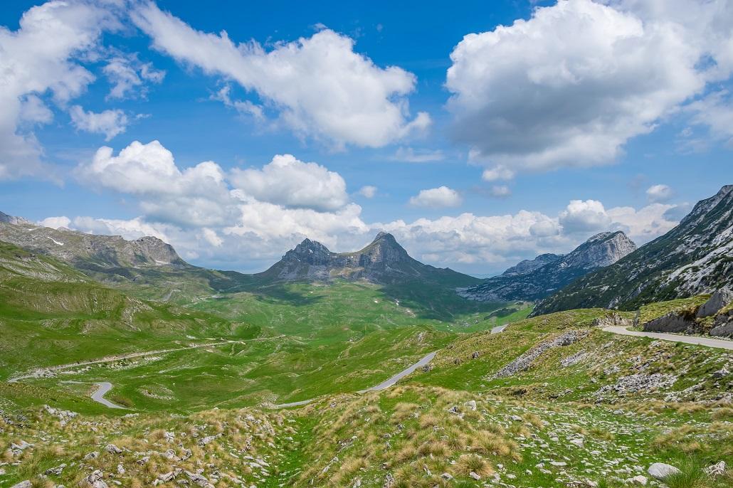 Горный перевал Седло находится на севере Черногории