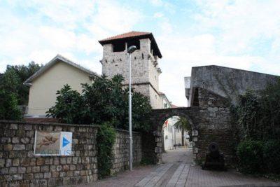 Летний дворец Буча — средневековая усадьба