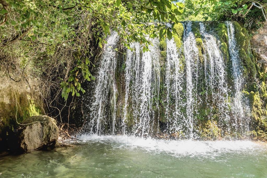Водопад старый Бар