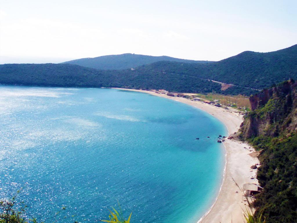 Пляж Яз 1. Самый длинный пляж на Будванской ривьере