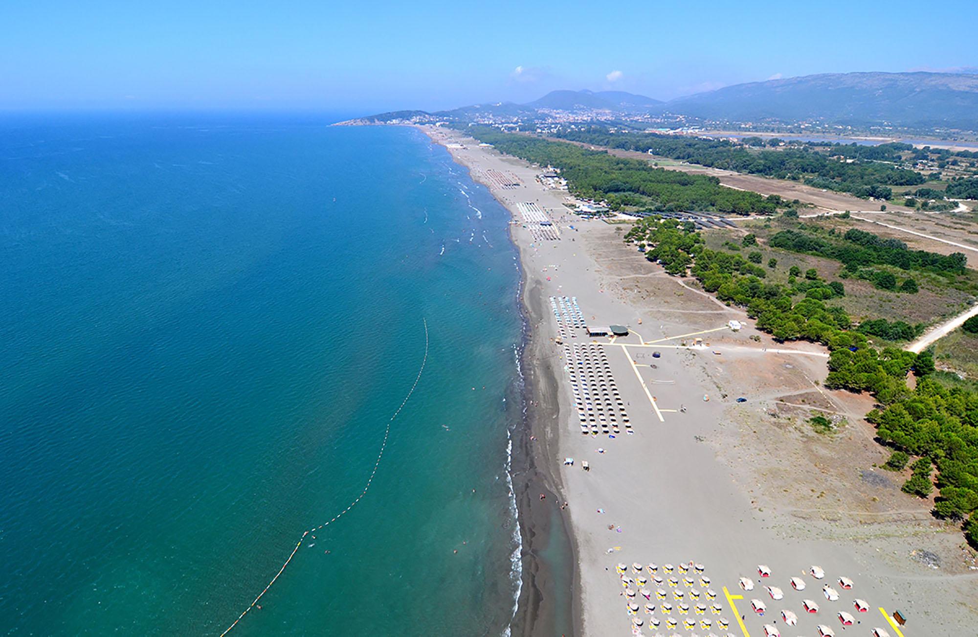 Великий пляж - жемчужина Ульцинской ривьеры